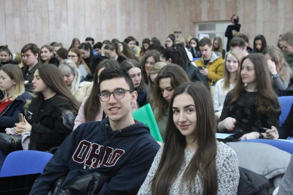 Ярмарка вакансій на факультеті міжнародних відносин НАУ