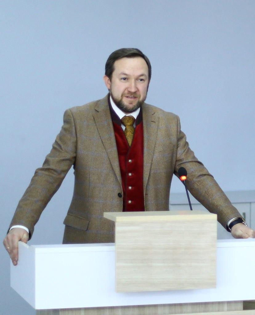 Привітання декана факультету міжнародних відносин НАУ професора Юрія Волошина з Днем Європи