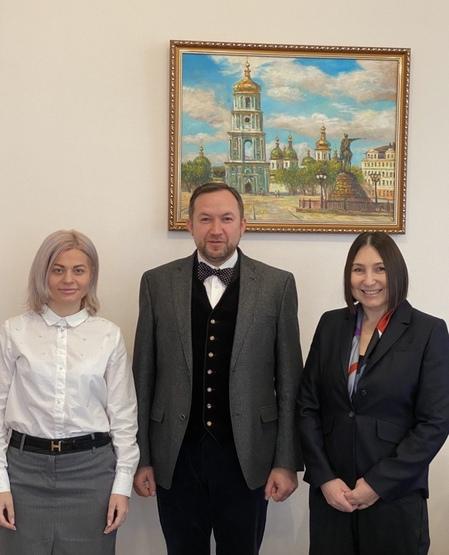 Відбулася робоча зустріч декана факультету міжнародних відносин НАУ з Головою Всеукраїнського проєкту «Жінки в науці: соціальний вимір»