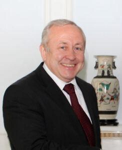 (Українська) Запрошуємо на онлайн-зустріч  з Надзвичайним і Повноважним Послом України в Албанії