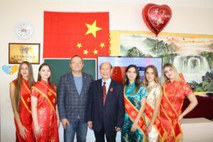 (Українська) Урочистості до 72-ої річниці незалежності КНР